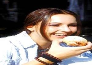 دليلك لتناول «كحك العيد» دون زيادة في الوزن.. (فيديو)
