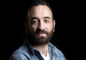 """عمرو سلامة: """"طايع مشروع غيّر حياتي علمني وعلم عليا"""""""