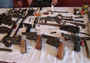 الداخلية: ضبط 42 قطعة سلاح ناري بحوزة 44 متهمًا بالمحافظات