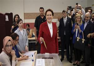المرأة الحديدية تُدلى بصوتها في الانتخابات