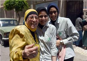 """""""تعليم الإسكندرية"""" تنعى مراقب الثانوية.. وتؤكد: لا شكاوى من امتحانات اليوم (صور)"""