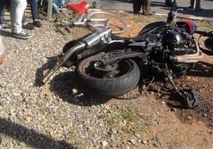 إصابة عاملين إثر انقلاب دراجة نارية بالطريق الزراعي في بني سويف