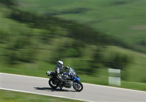 نصائح ذهبية لقيادة الدراجة النارية في الصيف