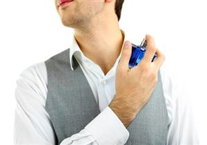 للرجل.. 4 نصائح لضمان مفعول أطول لعطرك للتخلص من رائحة العرق