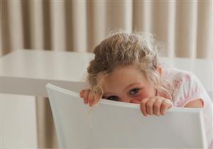 هل يلوث طفلك ملابسه بالبراز؟.. إليك ما تريد معرفته عن «البداغة»
