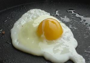 لماذا لا ينصح بتناول البيض يومياً؟ .. خبيرة تغذية تجيب