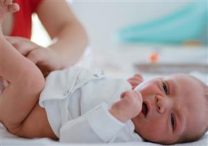 ما فوائد ترك الطفل دون حفاض لفترة طويلة؟