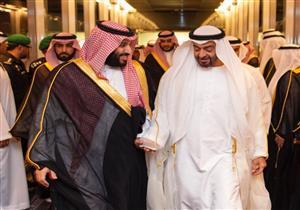 محمد بن سلمان يستقبل ولي عهد أبو ظبي لدى وصوله السعودية