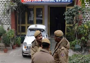 العثور على 10 جثث لعائلة معلقة بسقف منزلها في الهند