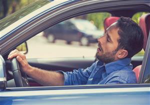 تشعر بالنعاس أثناء ركوب السيارة؟.. إليك السبب