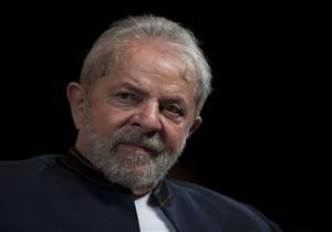 برازيليون يقدمون 145 التماسا لإطلاق سراح لولا