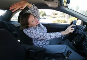 أطباء العظام يوصون بهذه التمارين لإراحة الظهر في الرحلات الطويلة بالسيارة