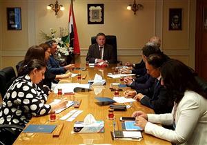 وزير قطاع الأعمال يلتقي وفدًا من غرفة التجارة الأمريكية بالقاهرة