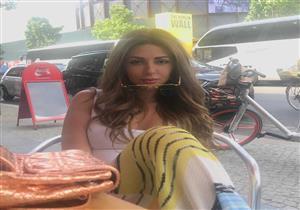 بالصور.. ميريام فارس في جلسة تصوير بالشارع