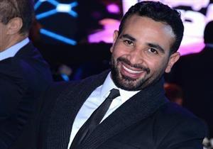 بالفيديو- أحمد سعد يفاجئ إحدى معجباته في عيد ميلادها.. ماذا فعل؟