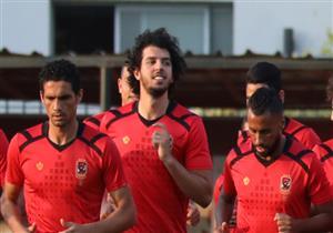 الشباب يوقع مخالصة مالية مع عمرو بركات