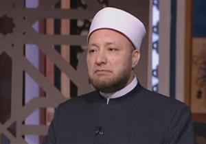 بالفيديو ـ أمين الفتوى يوضح.. هل تصح الصلاة والإنسان جالس؟