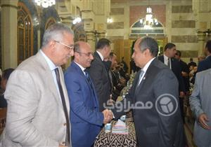 وزراء وبرلمانيون وشخصيات عامة في عزاء الراحل قدري أبو حسين