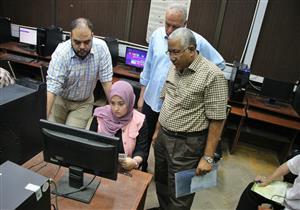 تنسيق الجامعات.. 300 طالب وطالبة سجلوا رغباتهم حتى الآن بمعامل هندسة القاهرة