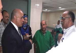 """بالصور-  في جولة بمستشفى الجمهورية.. وكيل """"صحة الإسكندرية"""": على الفرق الطبية التواجد طوال اليوم"""