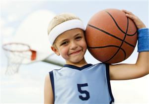 دليلك لحماية طفلك الرياضي من إصابات الملاعب