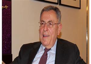 رئيس وزراء لبنان الأسبق: نشهد اندثار الدولة لصالح الطائفة