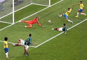 ملخص مباراة البرازيل والمكسيك في كأس العالم