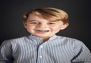 بالصور-في يوم ميلاده.. لقطات من حياة الأمير جورج في خمس سنوات