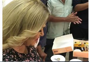"""بالفيديو .. فريق برنامج """"الست هانم"""" يحتفل بعيد ميلاد مها أحمد"""