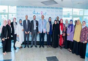 خبير مصري في علاج الأورام يزور مستشفى بهية بصحبة وفد من وزارة الهجرة لدعم مرضى السرطان