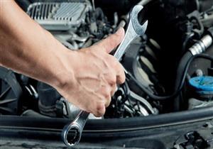 """""""BBC"""" تلقي الضوء على تجربة فتاة مصرية تعلِّم الرجال ميكانيكة السيارات"""