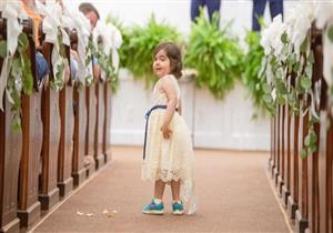 طفلة مصابة بالسرطان تطلبت من فتاة مشاركتها حفل زفافها لهذا السبب