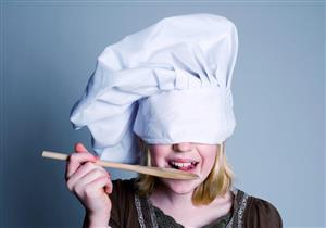 6 أطعمة لا ينصح أطباء الأسنان بتناولها (صور)