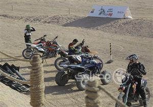 """بالفيديو والصور.. تعرف على آخر استعدادات الجونة لبطولة الـ""""Motocross"""" الدولية"""