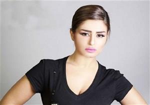 """بالفيديو- منة فضالي تعليقًا على ألعاب أحمد عصام النارية: """"فخورة بيك"""""""