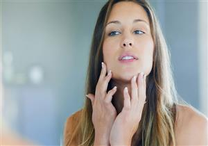 للفتيات.. هل يشير ظهور شعر بالذقن لمشكلة صحية؟