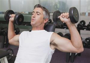 للرجل فوق سن الـ40.. 5 نصائح عليك اتباعها عند ممارسة التمارين الرياضية