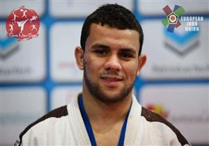 بالفيديو - بطل مصر في الجودو يسحق خصمه الإسرائيلي بالقاضية ويرفض مصافحته