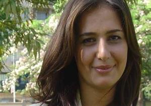 """حلا ترد على زوجة محمود المصري: """"لم تكن صديقتي.. وصدمت مما كتبته عني"""""""