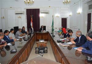 محافظ المنيا يعلن عقد سلسلة لقاءات شبابية
