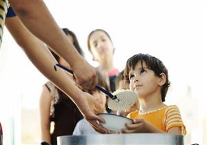 من الأعمال الصالحة في عشر ذي الحجة: (4) إطعام الفقراء والمساكين