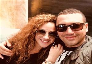 في صورة بملابس شتوية.. معز وشيرى يردان على أنباء انفصالهما