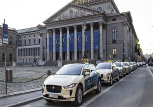 """يحدث في ألمانيا.. سيارة """"جاجوار"""" الكهربائية """"تاكسي"""" –صور"""