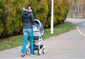 دراسة: عربات الأطفال تُعرض الرُضع للإصابة بهذه الأمراض