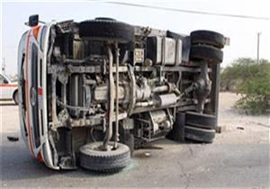 إصابة 9 في انقلاب سيارة ببني سويف