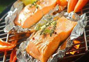 ورق الفويل شائع الاستخدام في المطابخ.. هل يضر صحتك؟