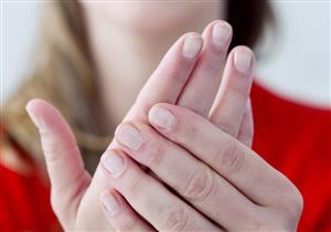 انتفاخ الأصابع قد يكون علامة لهذه الأمراض.. منها الروماتويد