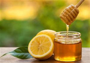 هل تناول العسل والليمون على الريق فعال للتخسيس؟