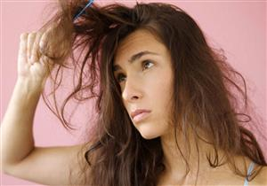 حكة فروة الرأس تضعف الشعر.. نصائح ضرورية لتجنبها