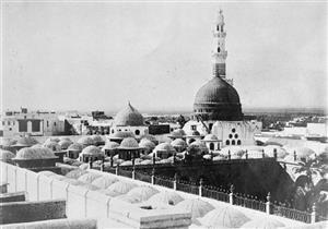 """معالم من المسجد النبوي: (3) المآذن القديمة وكيف كان يؤذن """"بلال"""""""